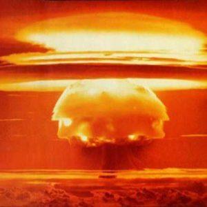 Αγριες συγκρούσεις Ινδίας-Πακιστάν: Διάγγελμα για πυρηνικό ολοκαύτωμα – Εκλεισε ξανά ο εναέριος χώρος