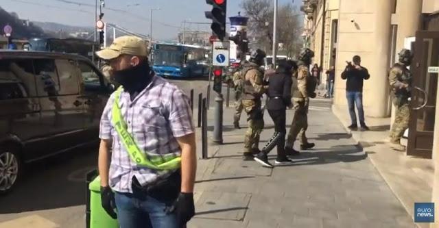 Συνελήφθη «Εκτελεστής Του ΙΚΙΛ» Με Καθεστώς Πρόσφυγα Από Την Ελλάδα