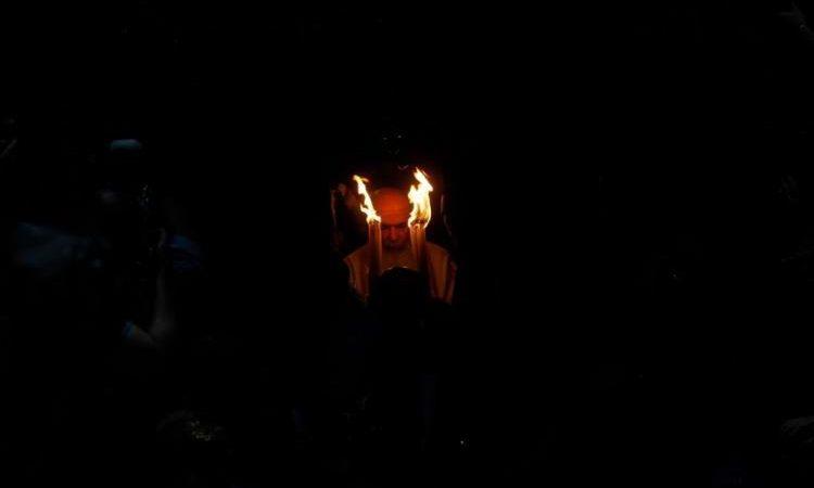 Οδηγούν στην ΤΕΛΙΚΗ ΑΠΟΣΤΑΣΙΑ απέναντι στον Χριστό – Νέες δηλώσεις Αρχιεπισκόπου για το Άγιο Φως που ούτε άθεος θα «ξεστόμιζε»