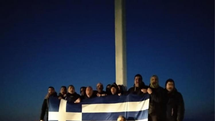 Λέσβος: «Μάζεψαν» 33 άτομα γιατί έστησαν ξανά το σταυρό στην Απελή!