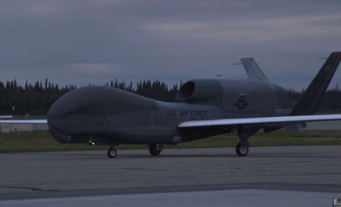 Οι Αμερικανοί φέρνουν τα θηριώδη Global Hawk στη Λάρισα!