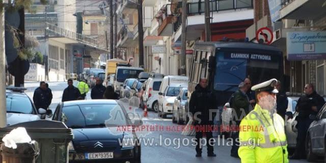 Γιαννιστά: Στο τμήμα για ώρες κρατήθηκαν πολίτες που διαμαρτύρονταν για τη Μακεδονία για να μην ενοχληθεί ο Κουβέλης!