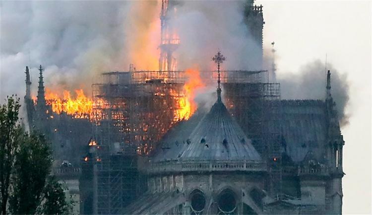 ΦΟΒΕΡΟ ΣΗΜΕΙΟ: έφυγε η Χάρις  της ΠΑΝΑΓΙΑΣ από το Παρίσι;