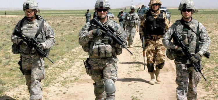 """«Οι ΗΠΑ στέλνουν στρατό στα Βαλκάνια λόγω Τουρκίας»: Πρόβλεψη -σοκ από τη Μόσχα Ποιες χώρες και πόλεις θα γίνουν το """"ορμητήριο"""" των αμερικανικών στρατευμάτων"""