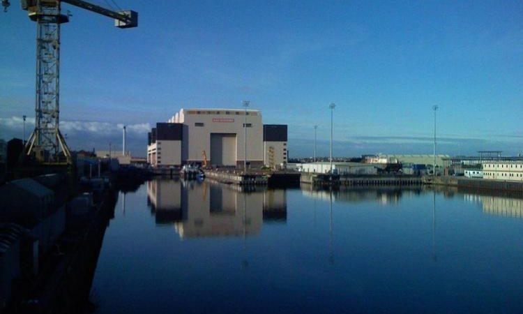 Βρετανία: Εκκενώνεται ναυπηγείο μετά από απειλή για βόμβα σε πυρηνικό υποβρύχιο