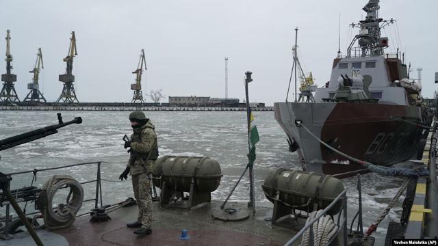 ΝΑΤΟ: Η Ρωσία Θα Πρέπει Να Απελευθερώσει Άμεσα Τους Ουκρανούς Ναύτες Και Τα Πολεμικά Πλοία