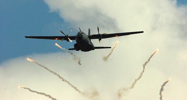ΕΚΤΑΚΤΟ.. Τουρκικό CN-235 «εκτόξευσε Flares» κατά Ελληνικών Μαχητικών !!