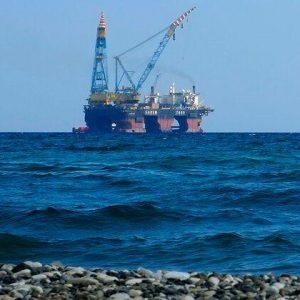 Βρετανική «ασπίδα» στον «Αττίλα»: «Ολοκληρώστε την εισβολή στην κυπριακή ΑΟΖ – Θα μπλοκάρουμε κυρώσεις εναντίον σας»
