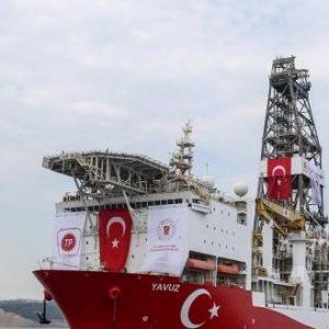 Εγκαταλείπουν το Yavuz τα πλοία υποστήριξης: Τα πληρώματά τους φοβήθηκαν το κυπριακό ένταλμα σύλληψης