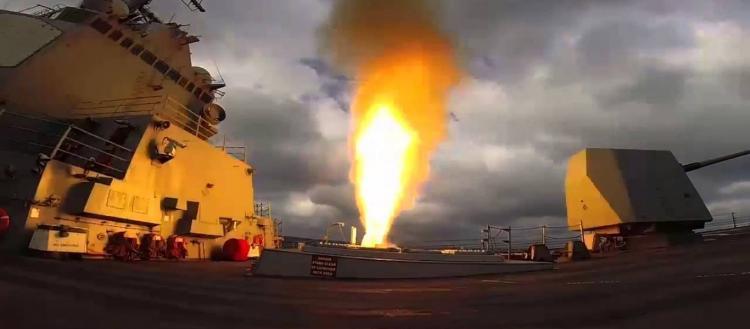 «Φωτιά και ατσάλι» κατά των ισλαμιστών στην Ιντλίμπ: Μαζική επίθεση με πυραύλους cruise – Δεκάδες νεκροί