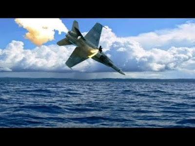(Φώτος) Συνετρίβη Μαχητικό Του Ιράν Στον Κόλπο- Φόβοι Για Κατάρριψη Του Από Τις Στρατιωτικές Δυνάμεις Των ΗΠΑ-Μεγάλης Βρετανίας!