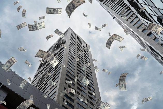 ΗΠΑ: Τράπεζα έβαλε κατά λάθος 120.000 δολάρια σε λογαριασμό ζευγαριού και αυτοί τα ξόδεψαν