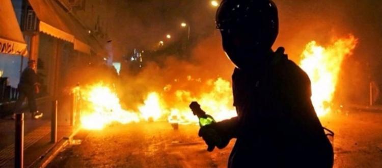 Απειλές Ρουβίκωνα προς ΕΛ.ΑΣ.: «Αν μπείτε στο Vox θα απαντήσουμε με πολλά χτυπήματα – Θα έχουμε νεκρό στα Εξάρχεια»