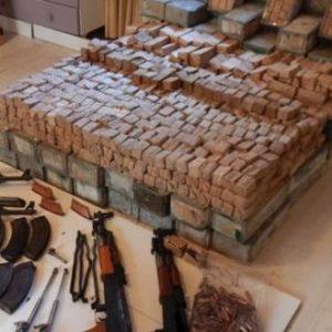 Κρήτη: Εξαρθρώθηκε κύκλωμα εμπορίας όπλων – Φορτηγό γεμάτο με φυσίγγια και καλάσνικοφ – Πως τα έφερναν από την Αλβανία