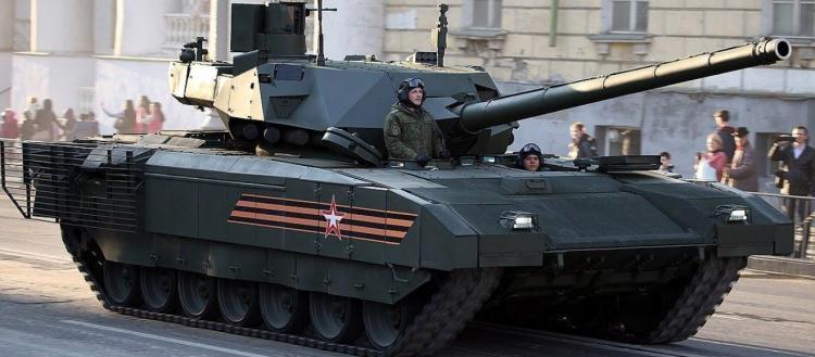 Μαζί με το Su-57 η Μόσχα αποκτάει και τα πρώτα Τ-14 Armata: Το άρμα μάχης που ανατρέπει τα πάντα στο πεδίο της μάχης