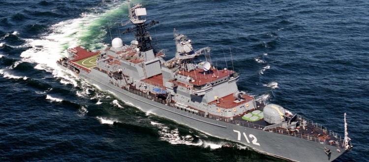 Η ρωσική φρεγάτα «Yaroslav Mudry» κατέπλευσε στον Πειραιά