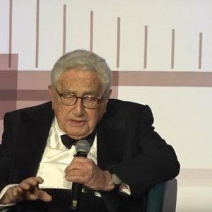 Χ.Κίσινγκερ: «Παγκόσμια συνεργασία ή παγκόσμιος πόλεμος» (ΒΙΝΤΕΟ)