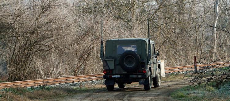 Ορεστιάδα: «Θερμή» υποδοχή στους στρατιώτες που πήγαιναν στις Καστανιές – Οι κάτοικοι ζητωκραυγάζουν (βίντεο)