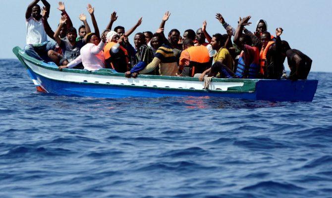 Συμφωνία-σοκ: Η Ελλάδα συμφώνησε να γίνει λιμάνι άφιξης παράνομων μεταναστών από τη Λιβύη!