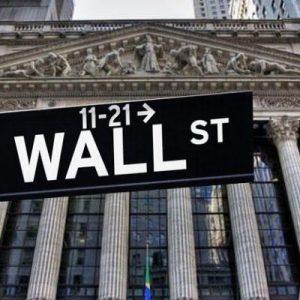 «Βυθίζεται» η Wall Steet – Διακόπηκαν οι συναλλαγές