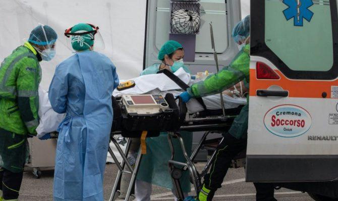 Μόσχα: «Βλέπουμε παράξενους θανάτους στην Ιταλία – Άνθρωποι κοιμούνται και δεν ξυπνάνε ποτέ ξανά»