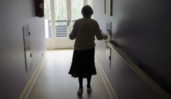 Κορωνοϊός – Νέα Μάκρη: Αγωνία για την «εισβολή» του ιού στο γηροκομείο – Σε καραντίνα όλη η μονάδα