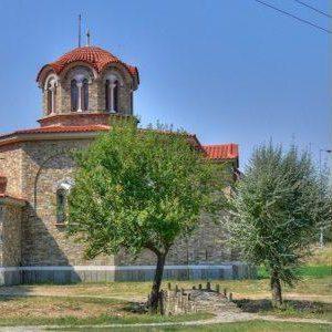 Μόλις ο Πατριάρχης έκανε την πρώτη Αγιοκατάταξη της θητείας του, το πρώτο θαύμα που έκανε  η Αγία, ήταν  σε αυτόν, ώστε  να του δείξει την ΠΑΡΡΗΣΙΑ  που έχει από την  ΕΛΛΗΝΙΚΟΤΑΤΗ Μακεδονία.