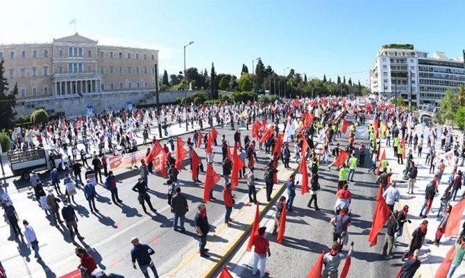 Στην αιωνιότητα θα περάσουν οι σημερινές εικόνες των Ελλήνων κομμουνιστών..