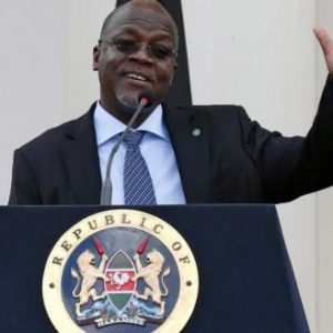 Τανζανία: «Δεν είναι αξιόπιστα τα τεστ του κορωνοϊού – Έβγαλαν θετικές στον ιό κατσίκες και… παπάγιες»