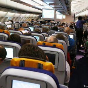Συνταξιδεύει ο κορωνοϊός στο αεροπλάνο;
