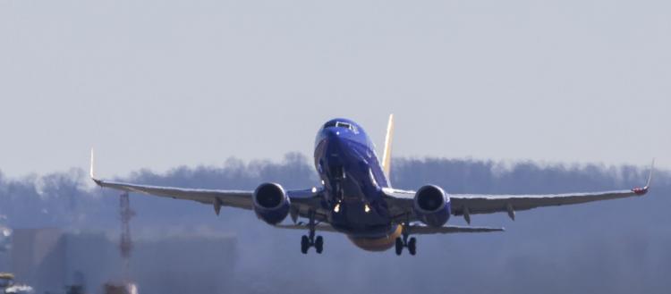Πετροδόλαρα «τέλος»: Διέκοψαν τις πτήσεις από το Κατάρ επειδή βρήκαν Covid 19 σε Πακιστανούς επιβάτες