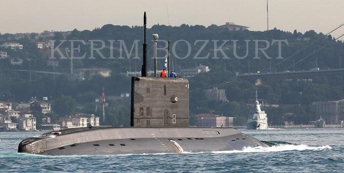 ΘΑ ΠΑΡΕΙ ΦΩΤΙΑ Ο ΒΟΣΠΟΡΟΣ Ρωσικό υποβρύχιο κατευθύνεται προς ακτές Λιβύης.