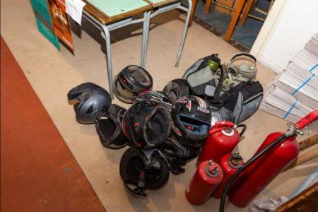 Εξάρχεια: Τι βρέθηκε κατά την επιχείρηση της ΕΛ.ΑΣ. στο υπό κατάληψη κτήριο