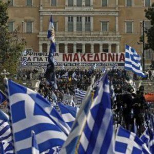 Υπερψηφίστηκε το ν/σ απαγόρευσης διαμαρτυριών: Ανενόχλητη θέλει να περάσει συμφωνία με Τουρκία & 4ο μνημόνιο η κυβέρνηση