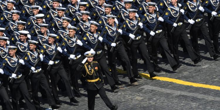 Ο ρωσικός στρατός προετοιμάζεται για κάτι μεγάλο! Ζαλίζει ο αριθμός των θερινών στρατιωτικών ασκήσεων.