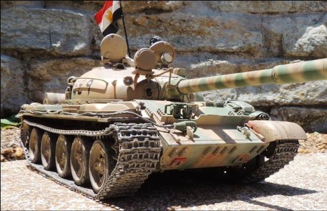 Λιβύη: Οι δυνάμεις του Χαφτάρ ενισχύθηκαν με καλοδιατηρημένα άρματα μάχης T-62.