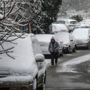 Καιρός – Έκτακτο δελτίο καιρού: Η κακοκαιρία Μήδεια φέρνει χιόνια, ανέμους και παγετό – «Βουτιά» στη θερμοκρασία.