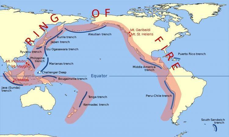 """Γιατί Τα Ηφαίστεια Που Βρίσκονται Κατά Μήκος Του """"Δακτυλίου Της Φωτιάς"""" Ξαφνικά Αρχίζουν Να Ξεπροβάλλουν Σαν Πυροτεχνήματα;"""