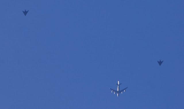 Hal Turner: Κάτι πολύ μεγάλο συμβαίνει! F-117 Stealth Fighters τραβήχτηκαν από το Mothballs -Αναβαθμίστηκε και ενεργοποιήθηκε ξανά το B-21.
