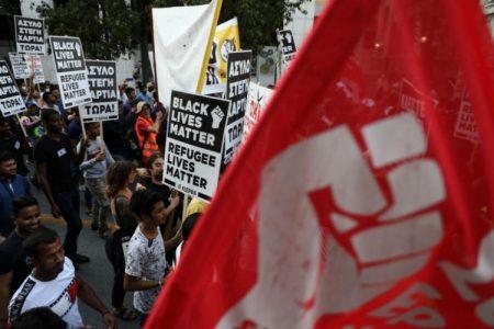 Οργανώνουν απροκάλυπτα τους αλλοδαπούς ως κίνημα «BLM» μέσα στην Ελλάδα! ΚΑΝΕΙΣ ΔΕΝ ΑΝΤΙΔΡΑ, vid/pic