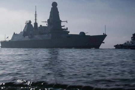 Στο «κόκκινο» η ένταση! Βρετανικά πολεμικά πλοία στη Μαύρη Θάλασσα – Ο Πούτιν αποκλείει ναυτικά την Κριμαία.