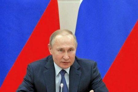 Βλάντιμιρ Πούτιν: «Οι Αμερικανοί μας περικυκλώνουν όπως οι ύαινες την τίγρη – Θα το μετανιώσουν πικρά»