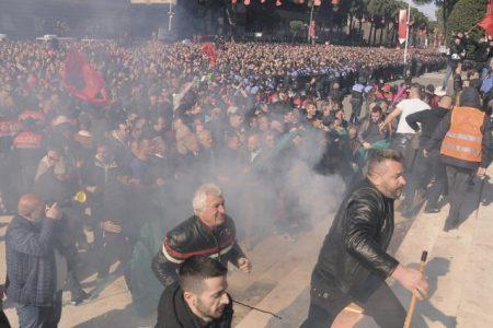 Στην Αλβανία λειτουργούν τώρα στο φουλ οι μυστικές υπηρεσίες και οι πνευματικοί νόμοι.