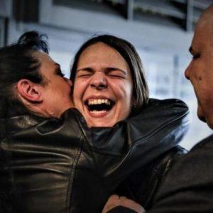 Επέστρεψε στην Αθήνα το μοντέλο που αθωώθηκε πανηγυρικά στο Χονγκ Κονγκ για την υπόθεση με την κοκαΐνη