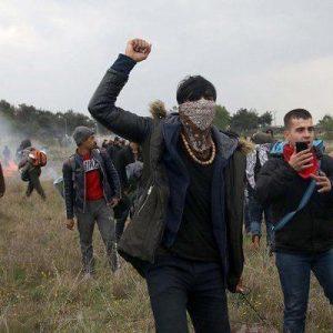 Απίστευτο : Οι δήθεν «πρόσφυγες» γνώριζαν και τα σπίτια των Αστυνομικών στον Έβρο