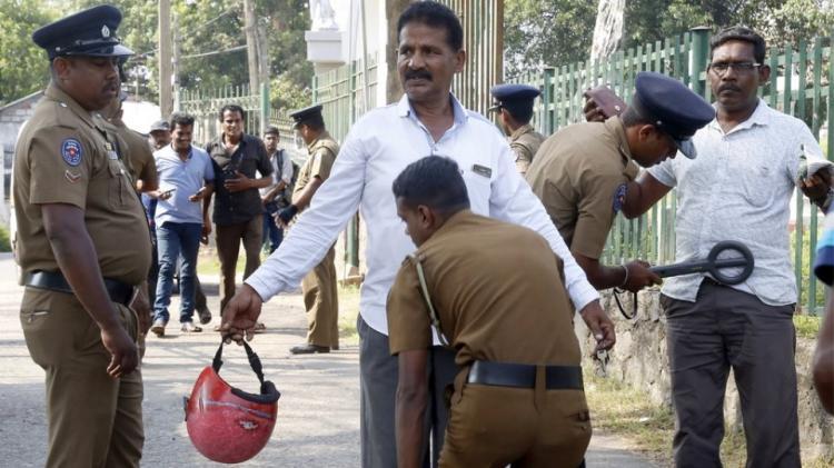 Σρι Λάνκα: Συναγερμός για τρομοκρατικές επιθέσεις με ισλαμιστές ντυμένους στρατιώτες