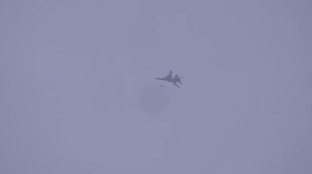 Φονική Αεροπορική Επιδρομή Της Συριακής Αεροπορίας Στη Κατεχόμενη Αεροπορική Βάση Του Taftanaz Στην Ιντλίμπ
