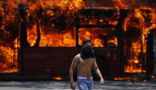 Ώρα μηδέν για τη Βενεζουέλα