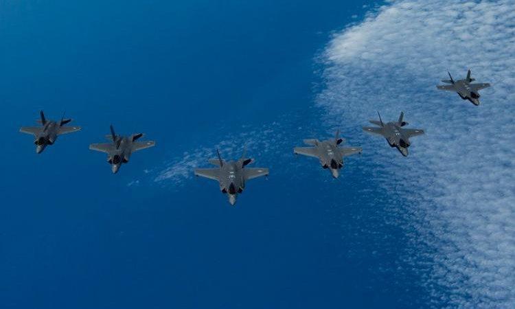 Σε επιχειρησιακή λειτουργία τα βρετανικά F-35 στην Κύπρο: Βρετανία, ΗΠΑ, Ισραήλ «σημαδεύουν» Ιράν – Στρατηγικής σημασίας τα αεροδρόμια της Γεωργίας