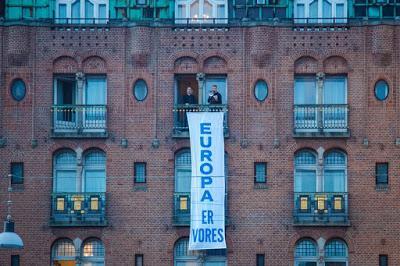 ΔΑΝΙΑ: «Η Ευρώπη είναι δική μας». Παρέμβαση της Γενιάς της Ταυτότητας στο ραμαζάνι στην πλατεία της Κοπεγχάγης